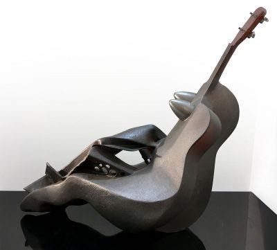 Femme guitare allongée - Eric Valat