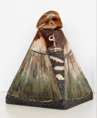 Boite pyramide grès rouge ammonite - Travail sur plaques - Claude Agier-Mollinari